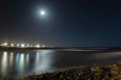 Un lugar entre el mar, la noche y las luces